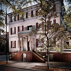 Juliette Gordon Low Birthplace exterior