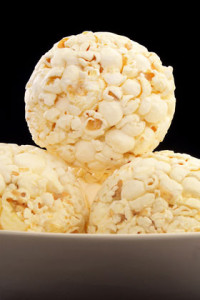 aMUSE-ing-Snacks-MINI-POPCORN-BALLS